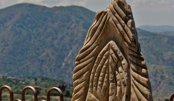 scultura-verticale-jalari