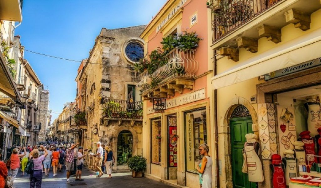 taormina-street